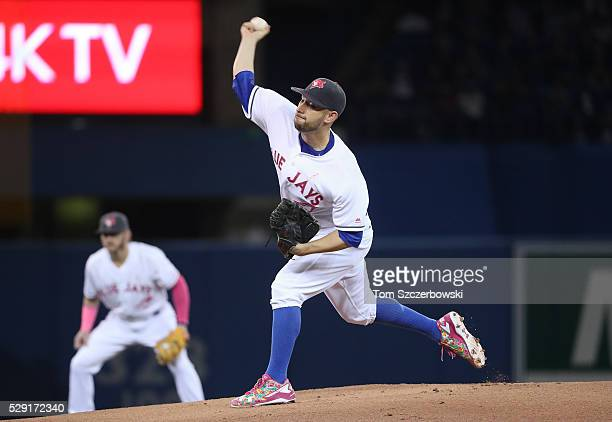 Marco Estrada of the Toronto Blue Jays delivers a pitch in the first inning during MLB game action against the Los Angeles Dodgers on May 8 2016 at...