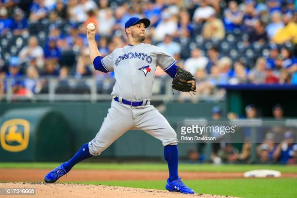 Marco Estrada of the Toronto Blue Jays pitches during the first inning against the Kansas City Royals at Kauffman Stadium on August 15, 2018 in...