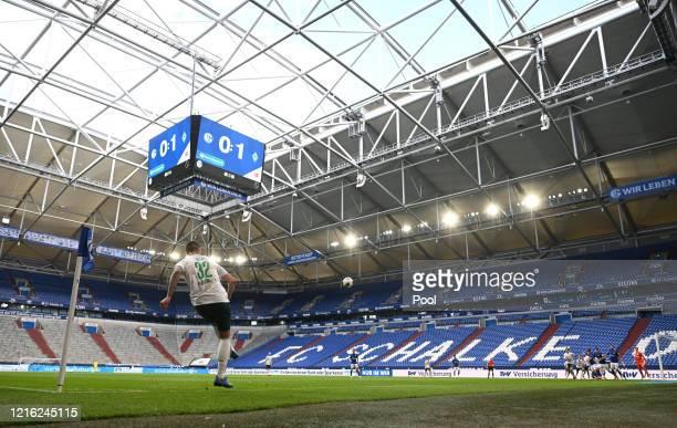 Marco Friedl of Bremen takes a corner-kick during the Bundesliga match between FC Schalke 04 and SV Werder Bremen at Veltins-Arena on May 30, 2020 in...