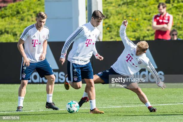Marco Friedl of Muenchen and Niklas Dorsch of Muenchen battle for the ball during the FC Bayern Muenchen training camp at Aspire Academy on January...