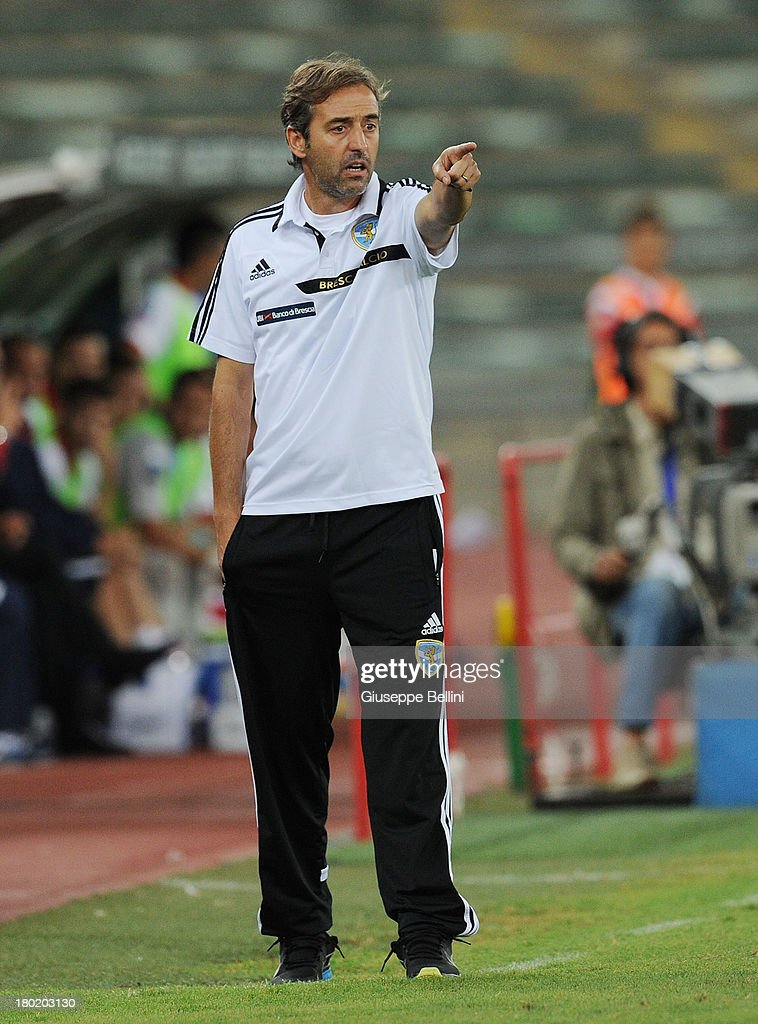 Marco Giampaolo head coach of Brescia during the Serie B match between AS Bari and Brescia Calcio at Stadio San Nicola on August 31, 2013 in Bari, Italy.