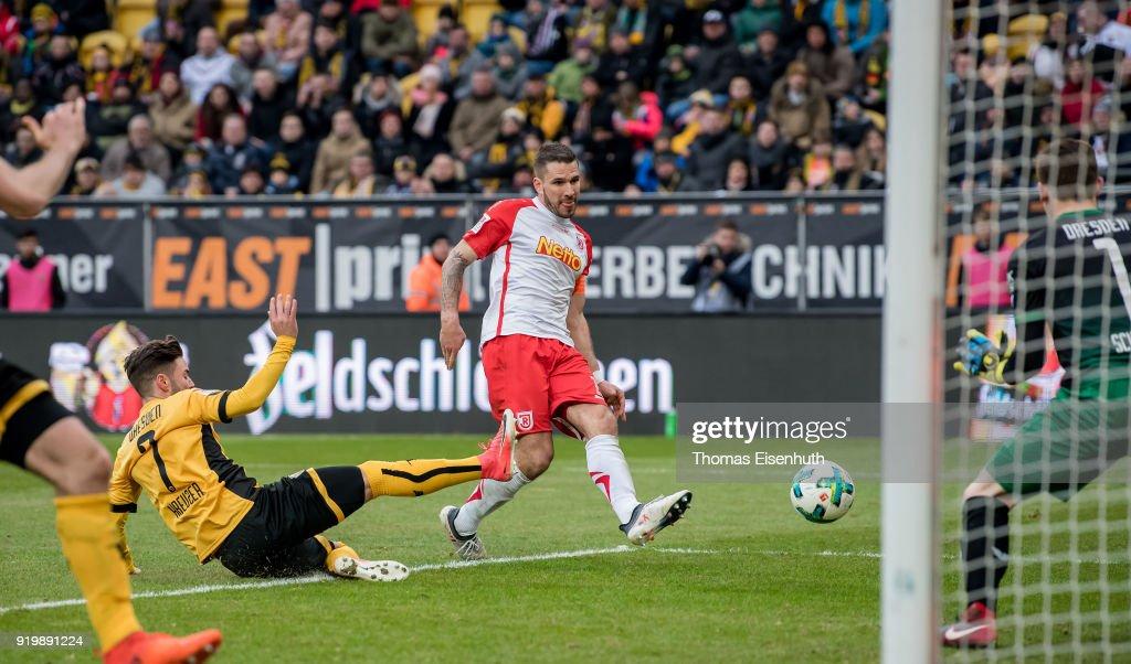 SG Dynamo Dresden v SSV Jahn Regensburg - Second Bundesliga