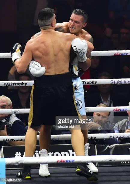 Marco Huck gegen Aleksandr Usyk in der World Boxing Super Series um die Muhammad Ali Trophy am in der Max_Schmeling_Halle Berlin In der Berliner...