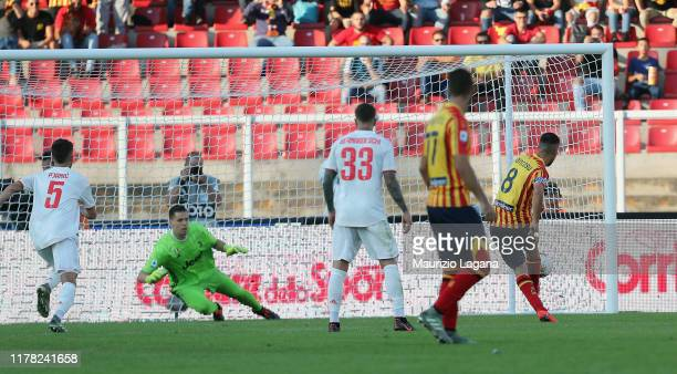 Marco Mancosu of Lecce scores the equalizing goal with penalty during the Serie A match between US Lecce and Juventus at Stadio Via del Mare on...