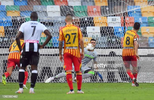 Marco Mancosu of US Lecce scores the 1-1 goal during the Serie A match between Udinese Calcio and US Lecce at Stadio Friuli on July 29, 2020 in...