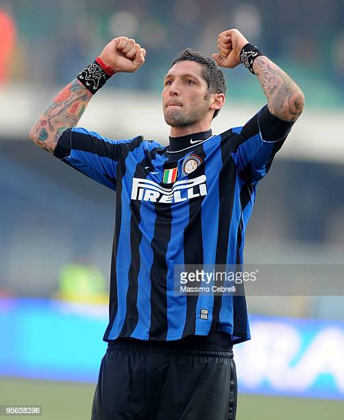 Marco Materazzi of FC Inter Milan celebrates the victory cheering his fans after the Serie A match between AC Chievo Verona and FC Inter Milan at...