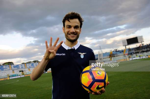 Marco Parolo of SS Lazio celebrates a after match the Serie A match between Pescara Calcio and SS Lazio at Adriatico Stadium on February 5, 2017 in...