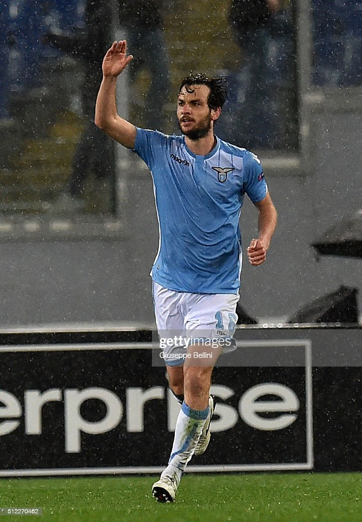 Marco Parolo of SS Lazio celebrates after scoring the opening goal during the UEFA Europa League Round of 32 second leg match between SS Lazio and Galatasaray AS on February 25, 2016 in Rome, Italy.
