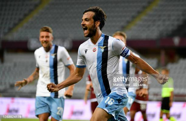 Marco Parolo of SS Lazio celebrates after scoring the second goal of his team during the Serie A match between Torino FC and SS Lazio at Stadio...