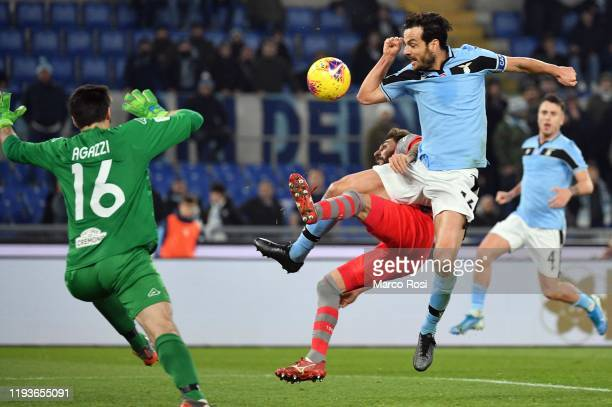 Marco Parolo of SS Lazio scores a second goal during the Coppa Italia match between SS Lazio and US Cremonese at Olimpico Stadium on January 14 2020...