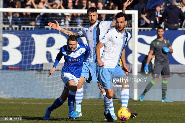 Marco Parolo of SS Laziokicks the ball during the Serie A match between Brescia Calcio and SS Lazio at Stadio Mario Rigamonti on January 5 2020 in...