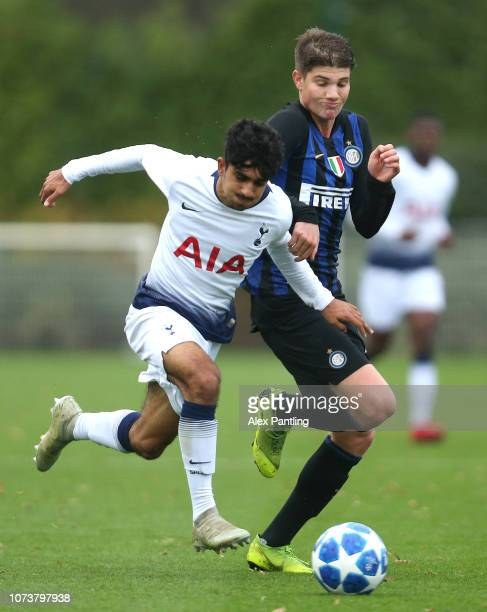 Marco Pompetti of Inter tackles Dilan Markanday of Spurs during the UEFA Youth League match between Tottenham Hotspur and FC Internazionale at...