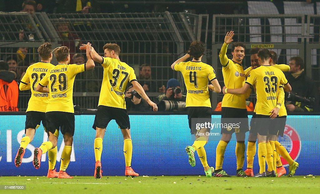 Borussia Dortmund v Tottenham Hotspur - UEFA Europa League Round of 16: First Leg : News Photo