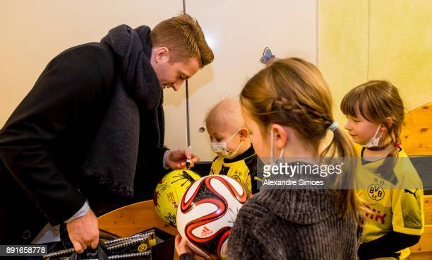 Marco Reus of Borussia Dortmund is seen during the annual visit of Borussia Dortmund at the children's hospital on December 13 2017 in Dortmund...