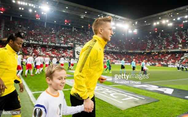 Marco Reus of Borussia Dortmund on the way to the pitch prior to the UEFA Europa League match between FC Red Bull Salzburg and Borussia Dortmund at...