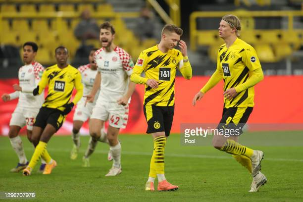 Marco Reus of Borussia Dortmund reacts after missing a penalty during the Bundesliga match between Borussia Dortmund and 1. FSV Mainz 05 at Signal...