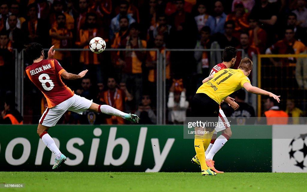 Galatasaray AS v Borussia Dortmund - UEFA Champions League : News Photo
