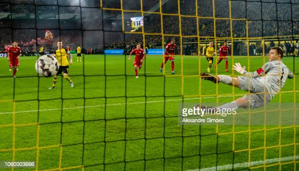 Marco Reus of Borussia Dortmund scores the goal to the 11 via penalty kick during the Bundesliga match between Borussia Dortmund and FC Bayern...