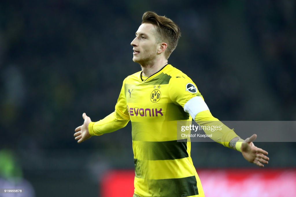 Marco Reus of Dortmund celebrates the first goal during to the Bundesliga match between Borussia Moenchengladbach and Borussia Dortmund at Borussia-Park on February 18, 2018 in Moenchengladbach, Germany.