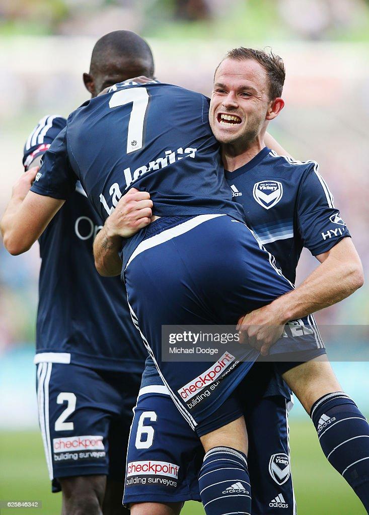 A-League Rd 8 - Melbourne v Newcastle