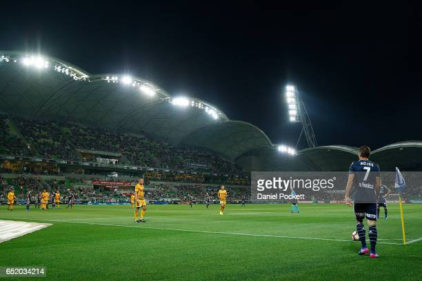 Marco Rojas of the Victory prepares to take a corner kick during the round 23 ALeague match between Melbourne City FC and Perth Glory at AAMI Park on...