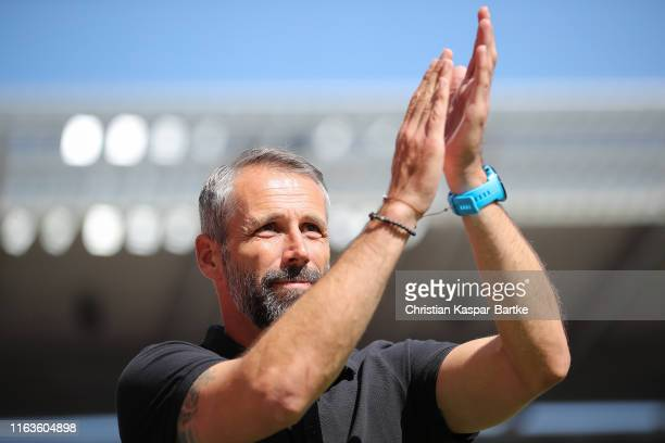 Marco Rose Head Coach of Borussia Moenchengladbach celebrates during the Bundesliga match between 1 FSV Mainz 05 and Borussia Moenchengladbach at...