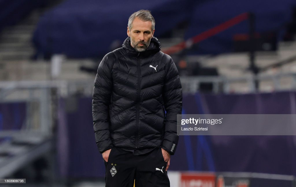 Borussia Mönchengladbach v Manchester City  - UEFA Champions League Round Of 16 Leg One : ニュース写真