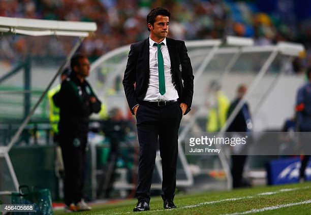 Marco Silva coach of Sporting Lisbon looks on during the UEFA Champions League Group G match between Sporting Clube de Portugal and Chelsea FC at...
