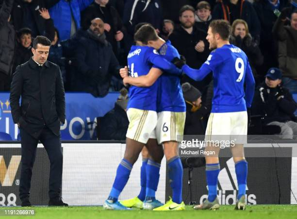 Marco Silva, Manager of Everton reacts as Leicester City player celebrate during the Premier League match between Leicester City and Everton FC at...