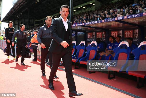 Marco Silva Manager of Hull City walks to his seat prior to the Premier League match between Crystal Palace and Hull City at Selhurst Park on May 14...