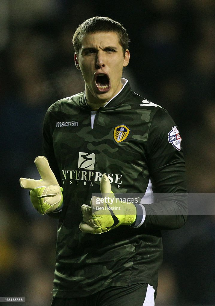Marco Silvestri of Leeds celebrates his team's second goal during the Sky Bet Championship match between Reading and Leeds United at Madejski Stadium on February 10, 2015 in Reading, England.