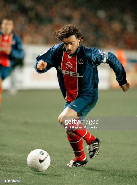 Marco Simone of Paris SaintGermain in action during the Ligue 1 match between Paris SaintGermain and Metz at the Parc des Princes on November 10 1998...