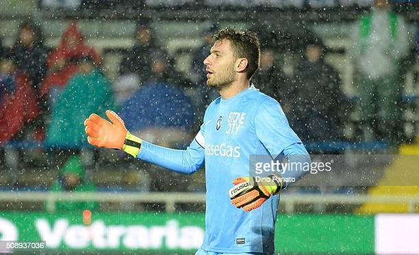 Marco Sportiello goalkeeper of Atalanta BC gestures during the Serie A match between Atalanta BC and Empoli FC at Stadio Atleti Azzurri d'Italia on...