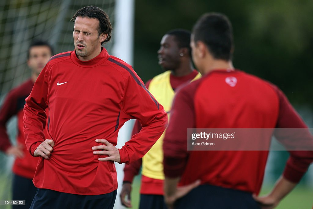 Basel - Training & Press Conference