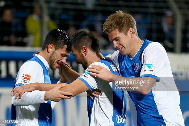 Marco Terrazzino of Bochum celebrates the third goal qith Danny Latza and Simon Terodde during the Second Bundesliga match between VfL Bochum and VfR...