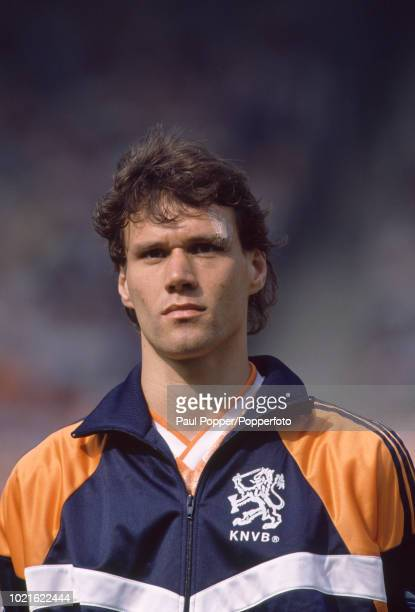 Marco van Basten of the Netherlands lines up before the UEFA Euro 88 Group 2 match between England and the Netherlands at the Rheinstadion on June...