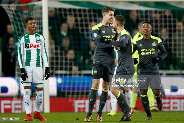 Marco van Ginkel of PSV Celebrate Bart Ramselaar of PSV Steven Bergwijn of PSV during the Dutch Eredivisie match between FC Groningen v PSV at the...