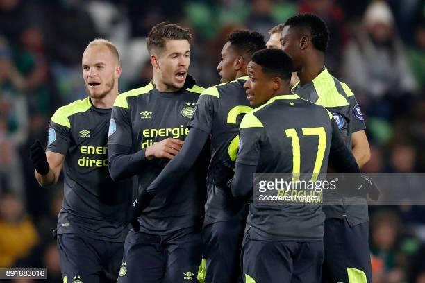 Marco van Ginkel of PSV celebrates 0-1 with Jorrit Hendrix of PSV, Joshua Brenet of PSV, Steven Bergwijn of PSV, Nicolas Isimat of PSV during the...