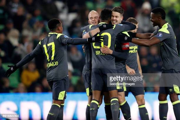 Marco van Ginkel of PSV celebrates 0-1 with Steven Bergwijn of PSV, Jorrit Hendrix of PSV, Joshua Brenet of PSV, Nicolas Isimat of PSV during the...
