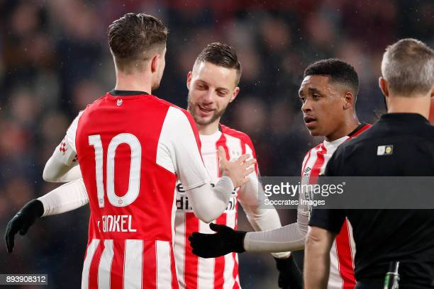 Marco van Ginkel of PSV celebrates 30 with Bart Ramselaar of PSV Steven Bergwijn of PSV during the Dutch Eredivisie match between PSV v ADO Den Haag...