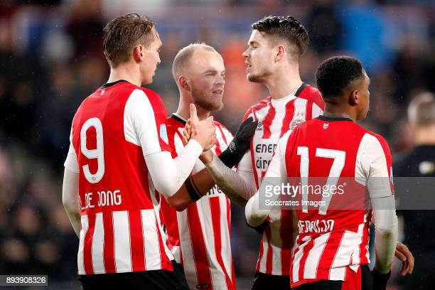 Marco van Ginkel of PSV celebrates 30 with Luuk de Jong of PSV Jorrit Hendrix of PSV Steven Bergwijn of PSV during the Dutch Eredivisie match between...