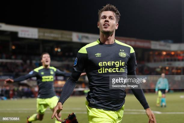 Marco van Ginkel of PSV celebrates the 01 during the Dutch KNVB Beker match between FC Volendam v PSV at the Kras Stadium on October 26 2017 in...