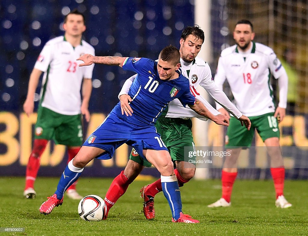 Marco Verratti (L) of Italy vies with Ivelin Popov of Bulgaria during the Euro 2016 Qualifier match between Bulgaria and Italy at Vasil Levski National Stadium on March 28, 2015 in Sofia, Bulgaria.