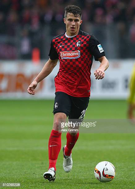 MarcOliver Kempf of Freiburg controles the ball during the Second Bundesliga match between SC Freiburg and Fortuna Duesseldorf at SchwarzwaldStadion...