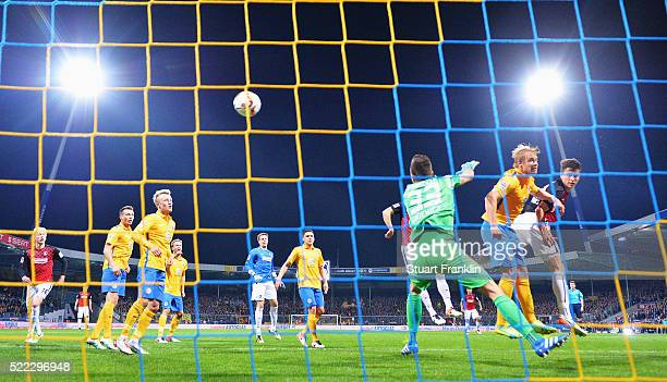 MarcOliver Kempf of Freiburg scores the second goal during the second Bundesliga match between Eintracht Braunschweig and SC Freiburg on April 18...