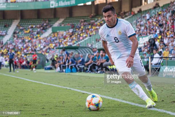 Marcos Acuna of Argentina controls the ball during the UEFA Euro 2020 qualifier between Ecuador and Argentina on October 13, 2019 in Elche, Spain.