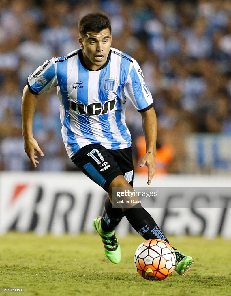 Marcos Acuna of Racing Club drives the ball during a group stage match between Racing Club and Bolivar as part of Copa Bridgestone Libertadores 2016 at Presidente Peron Stadium on February 24, 2016 in Avellaneda, Argentina.