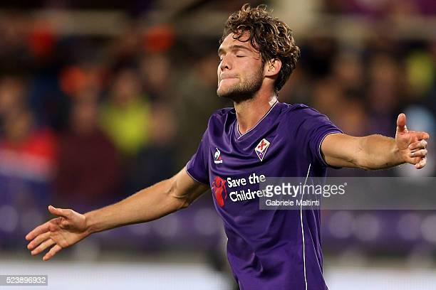 Marcos Alonso of ACF Fiorentina reacts during the Serie A match between ACF Fiorentina and Juventus FC at Stadio Artemio Franchi on April 24 2016 in...
