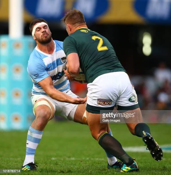 Marcos Kremer of Argentina looks to tackle Malcolm Marx of South Africa during the Rugby Championship match between South Africa and Argentina at...