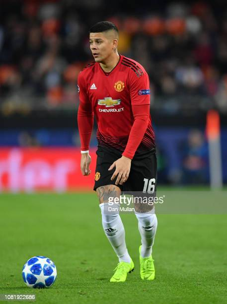 Marcos Rojo of Manchester United controls the ball during the UEFA Champions League Group H match between Valencia and Manchester United at Estadio...